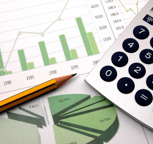 Como calcular juros acumulados mensais