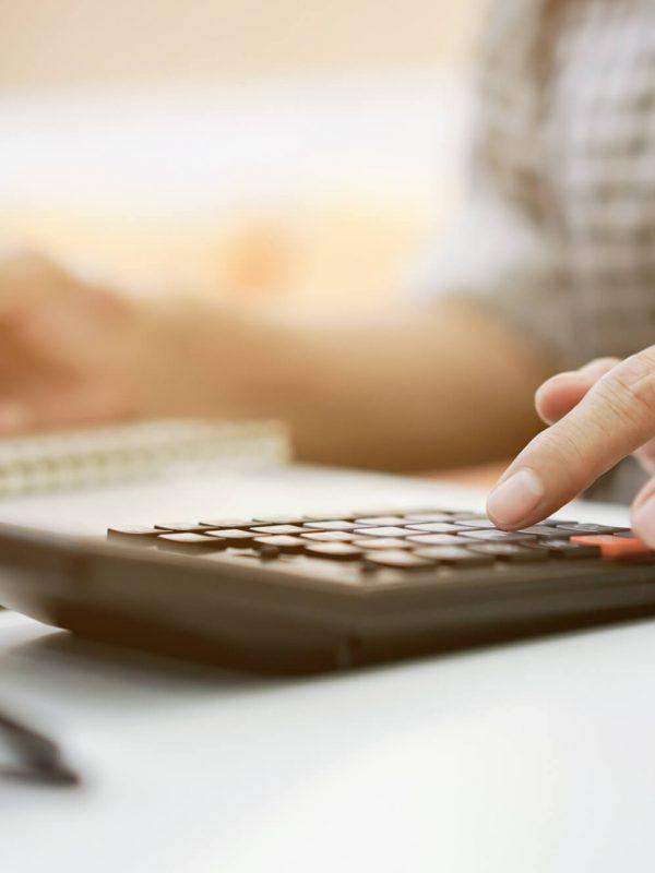 Como aumentar a renda da sua empresa de locação de equipamentos